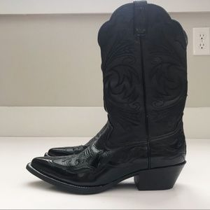 Ariat Shoes - Ariat   Heritage R Toe Black Western Boot Sz. 9B